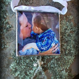 Luulla - Insert Your Own Photo Soldered Glass Ornament with Chandelier Crystal and Rhinestones...