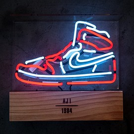 MK Neon - Air Jordan 1 Neon Light (Chicago) - Limited Edition