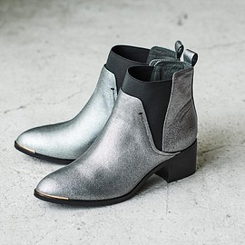 staccato - silver boots