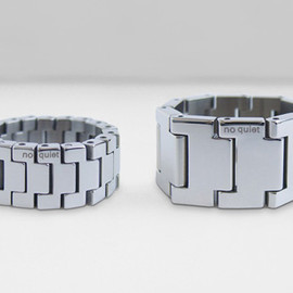 no quiet - watch band ring