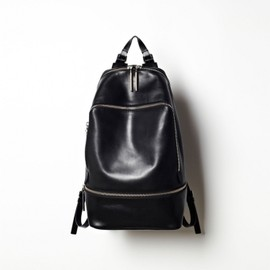 3.1 Phillip Lim - ZIP AROUND BACK PACK BLACK 1