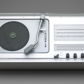 BRAUN, Dieter Rams - Audio 1 Radio-Phonograph (model TC 40)