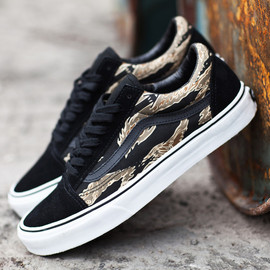 VANS - Authentic Tiger Camo