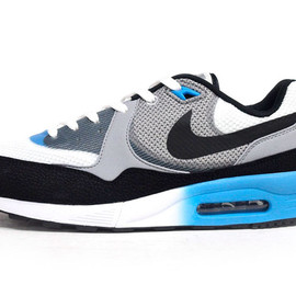 NIKE - AIR MAX LIGHT C 1.0