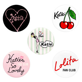 katie - 画像: BADGE collection