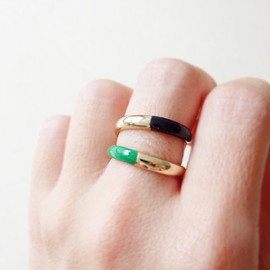 MintRainbows - Emerald Green & Black Ring. Adjustable Ring. Stackable Ring. Simple. Fall Color Jewelry. Everyday Jewelry. Color Block.