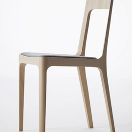 Arm chair (Cushioned) / Hiroshima