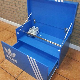 MonsterColors - Adidas Shoe Storage