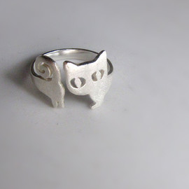 smilingsilversmith - cat silver ring