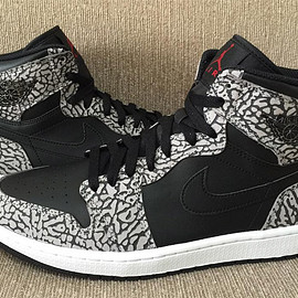 Jordan Brand - Air Jordan 1 High - Black/Elephant