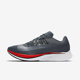 NIKE - ZOOM FLY