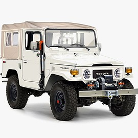 TOYOTA - The Gear Patrol Special Edition FJ40