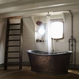 love the tub and the ladder