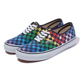 VANS - XLARGE × VANS AUTHENTIC TIE-DYE CHECKER FLAG