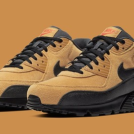 NIKE - Air Max 90 - Black/Wheat Gold/University Red