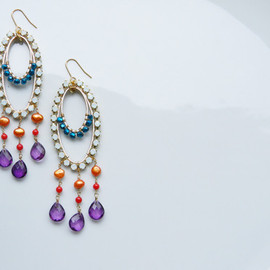 Ostara - Dangling Oval Earrings