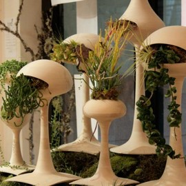 futuristic-planter-for-indoor-garden