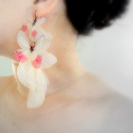 jewelera - Blush Butterflies Earring