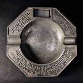 "アメリカン・アンティーク - 1930's ""ADVERTISING"" Cast Aluminum Ashtray"