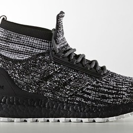 adidas - Ultra Boost ATR Mid - Black/White