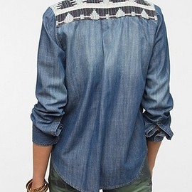 urban outfitters - BDG x The Reformation Chambray Shirt