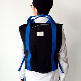 WONDER BAGGAGE - WONDER BAGGAGE / Relax sack tote : black × blue