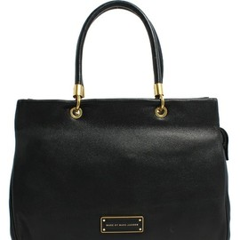 MARC BY MARC JACOBS - TOO HOT TO HANDLE TOTE