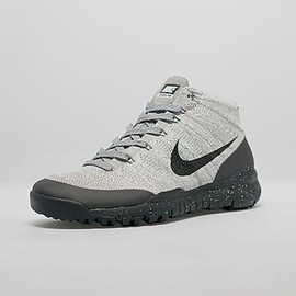 Nike - Flyknit Trainer Chukka FSB - Light Charcoal/Black/Dark Grey