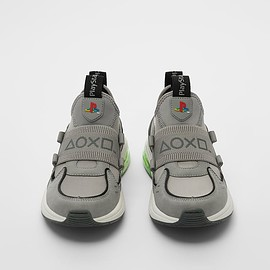 ZARA - PLAYSTATION © SONY INTERACTIVE ENTERTAINMENT SNEAKERS