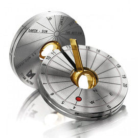 Meister - Collapsible Sundial Pendant