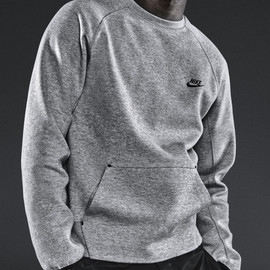 Nike Sportswear - Tech Fleece Crew - Heather Grey