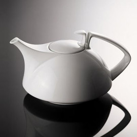 Rosenthal - Tac Tea Pot by Walter Gropius for Rosenthal