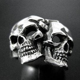CRAZY PIG DESIGNS - Comedy&tragedy skull ring