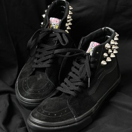 DEADMAN - STUDS SHOES Sk8-Hi - BLK