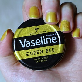 Vaseline - LIP BALM QUEEN BEE