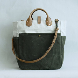 Winter Session - Image of Garrison Bag (Natural / Olive)