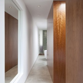 Inside Out Architecture - Corridor at Cinematographer's House and Studio, Kilburn, UK