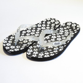 Locals - Hibiscus Pattern Beach Sandals (Black×Clear)
