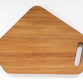 TRACE - t-5 CUTTING BOARD