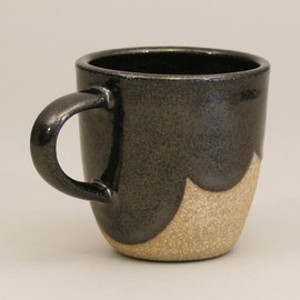 Amanda Gentry - Stoneware Mug with Scalloped Glaze, shiny black