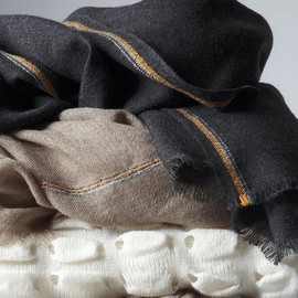 Oyuna Cashmere - Cashmere Blankets (so warm, so soft)
