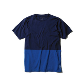 uniform experiment - http://www.uniformexperiment.jp/product/2014-ss/cutsewn-2/ss-2-tone-tee.html