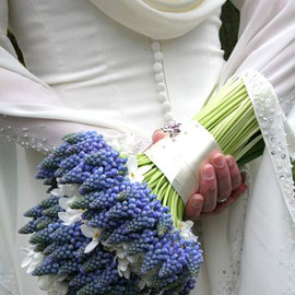 Spring Wedding Flowers: Hyacinth bridal bouquet