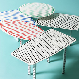 ALAIN GILLES - COLLAGE TABLES