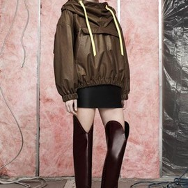 ALEXANDER WANG - Sporty Looks From Pre-Fall 2014   The FADER Alexander Wang