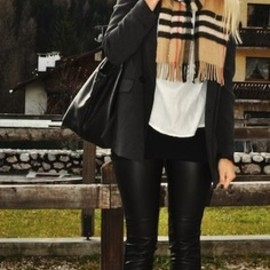 Fashion | style | leather pants | leather jacket | fall outfit