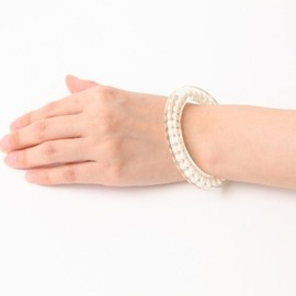 JUTIQU - Essence Bangle 2(6mm pearls assorted)