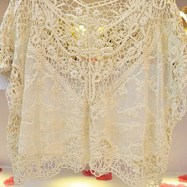 fashion - Image of [grzxy6601112]Crochet Lace Mesh Top Stretch Loose Pullover Cape