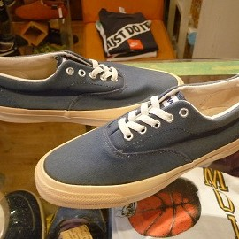 "converse - 「<deadstock>90's converse SKIDGRIP navy""made in USA"" size:US7(25.5cm) 7800yen」完売"
