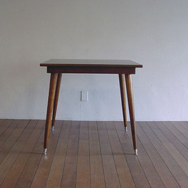 PACIFIC FURNITURE SERVICE - SQUARE TABLE